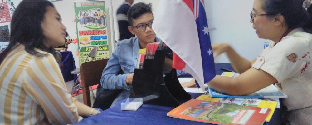 SMA N 3 Yogyakarta – Faculty Fair