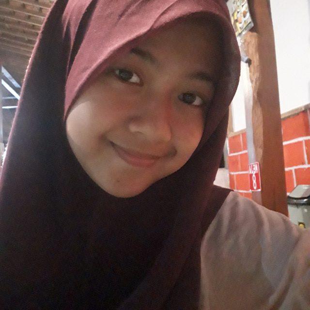 Ailsa Athaya Khairani – SMA N 1 Yogyakarta
