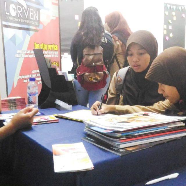 SMA Negeri 3 Yogyakarta – Education Fair
