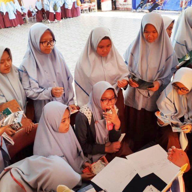 SMA Al Abidin – Education Fair