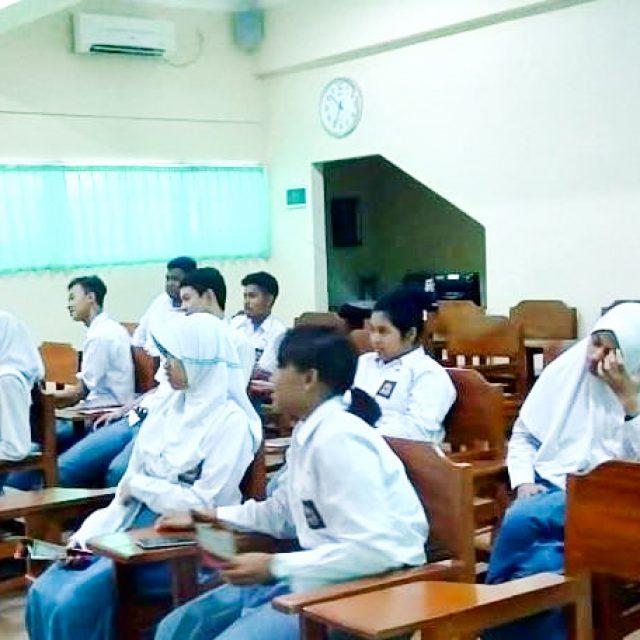 SMA N 8 Yogyakarta